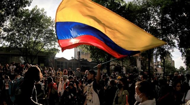 Kolombiyada cinayetlere karşı gösteri düzenlendi
