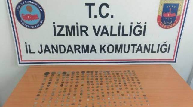 İzmirde 284 tarihi eser ele geçirildi