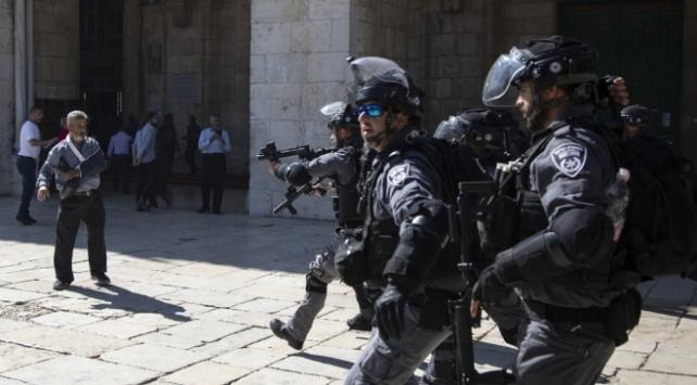 İsrail, Kudüs İslami Vakıflar İdaresi Başkan Yardımcısını gözaltına aldı