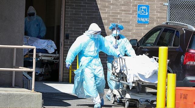 ABDde koronavirüsten ölenlerin sayısı 261 bini aştı