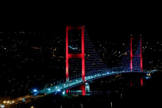 İstanbulda sokağa çıkma kısıtlamasının ardından hayat normale döndü