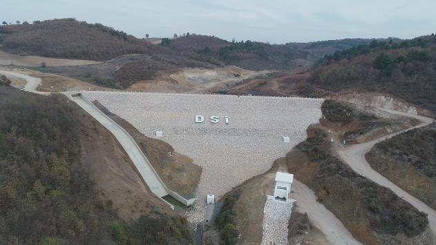 Bursadaki Olukman Tekke Baraj Göleti 1640 dekar araziyi sulayacak