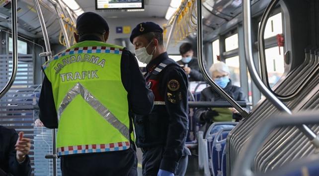 İstanbulda HES taraması: Otobüste pozitif bir kişi belirlendi