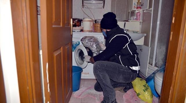 Çamaşır makinesi ve giysi dolabından 40 kilo uyuşturucu çıktı