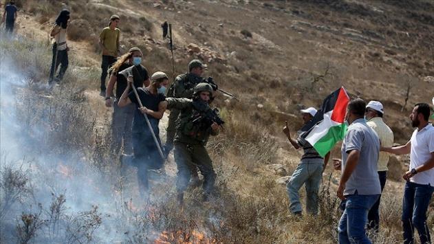Yahudi yerleşimcilerden Batı Şeriada Filistinlilere saldırı