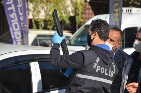 Kahramanmaraşta 2 kişi pompalı tüfekle yaralandı