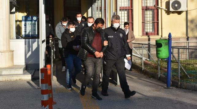 Afyonkarahisarda evli çifti darbeden 4 kişi tutuklandı