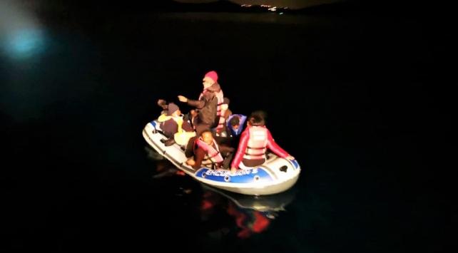 Muğla açıklarında mahsur kalan 11 sığınmacı kurtarıldı