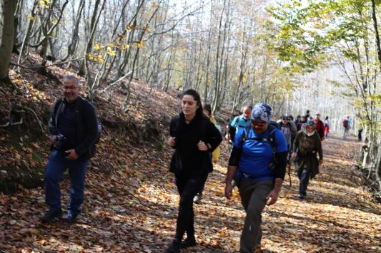 Osmaniyede kadına yönelik şiddete karşı doğa yürüyüşü yapıldı