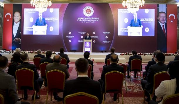 Adalet Bakanı Gül, Kadına Yönelik Şiddetle Etkin Mücadele Çalıştayında konuştu