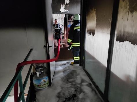 Kırklarelinde metal atölyesinde çıkan yangın hasara neden oldu