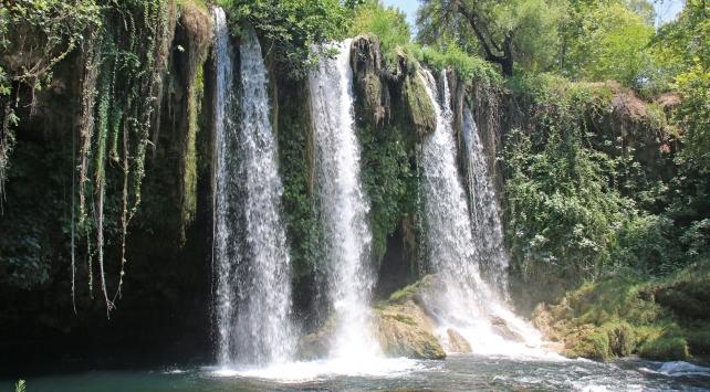 Düden Şelalesinde su seviyesi anlık takip edilecek