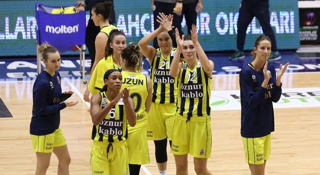 Kadın basketbolundaki derbi Fenerbahçenin