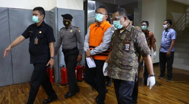 Yolsuzluk iddiaları üzerine Endonezyalı bakandan istifa