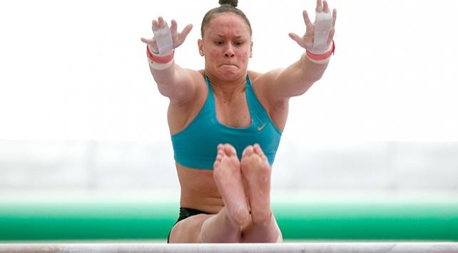 Milli cimnastikçi Nazlı Savranbaşı altın madalya için mücadele edecek
