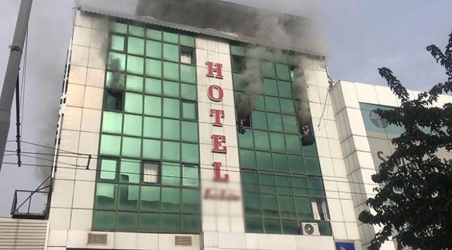 Şanlıurfada bir otelde yangın