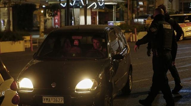 Yunanistanda koronavirüs karantinası bir hafta uzatıldı