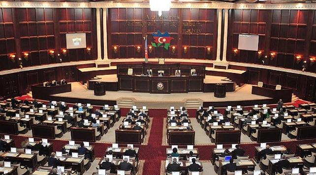 Azerbaycan Milli Meclisi: Fransa, Minsk Grubu eş başkanlığından alınsın