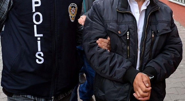 Çorumda uyuşturucu satıcılarına operasyon: 2 tutuklama