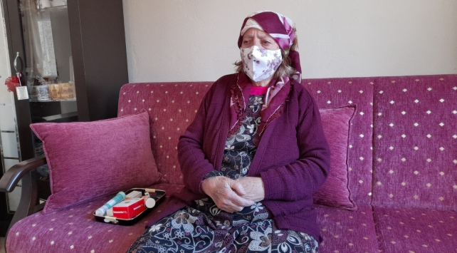 90 yaşındaki kadın koronavirüsü yendi