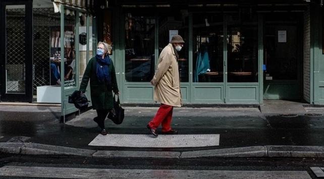 Fransada son 24 saatte 13 bin 563 yeni vaka