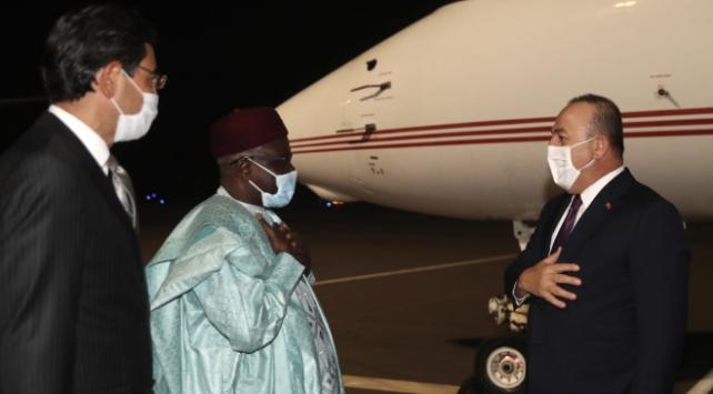 Dışişleri Bakanı Çavuşoğlu Nijere gitti