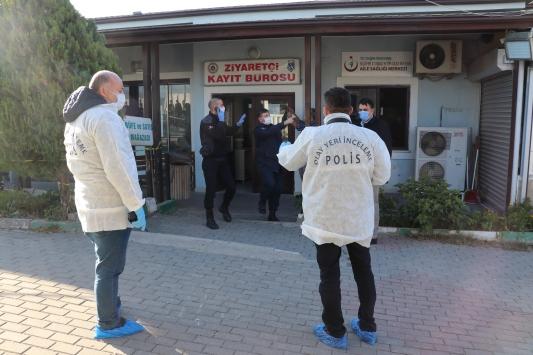 Bursada tutuklu oğlunu ziyaret eden kişi cezaevinden çıkışta silahla vurularak öldürüldü