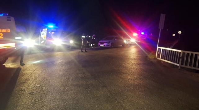 Mersinde polis midibüsü şarampole devrildi: 1 şehit