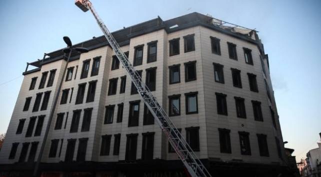 Fatihte otel yangını