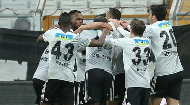 Beşiktaşta derbinin kamp kadrosu belli oldu