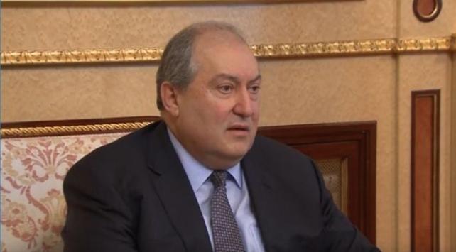 Ermenistan Cumhurbaşkanı Sarkisyandan hükümete istifa çağrısı