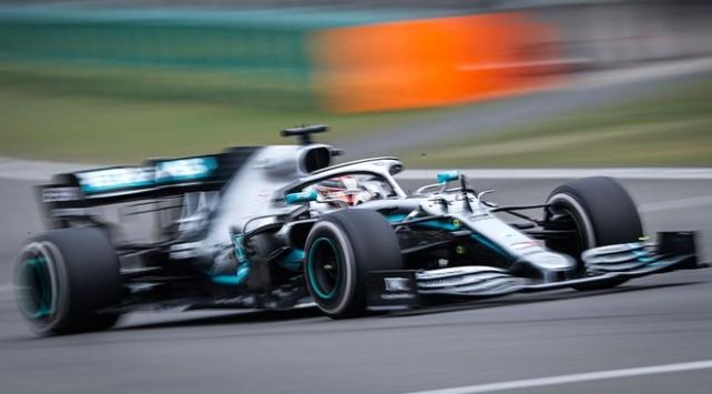 Olaylı Bahreyn Grand Prixsini Hamilton kazandı