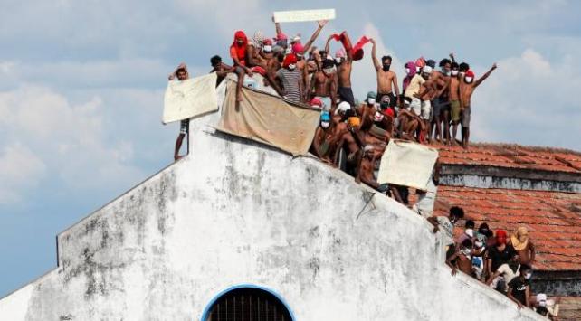 Sri Lankada cezaevinde COVID-19 isyanı: 8 ölü