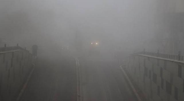 Ağrıda yoğun sis etkisini gösteriyor