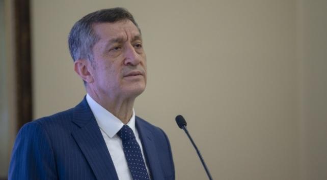 Bakanı Selçuk: Her gün 2,5 milyon canlı ders yapıyoruz
