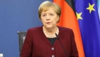 Merkel: Türkiye mülteciler konusunda saygıyı hak ediyor