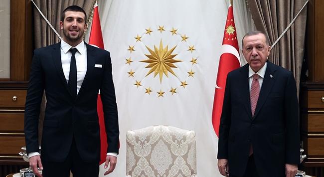 Cumhurbaşkanı Erdoğan Emre Sakçıyı kabul etti