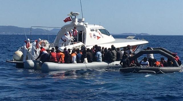 Frontex behauptet, dass sie den Rückstoß von Flüchtlingen nicht unterstützen