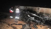 Şırnak'ta şarampole devrilen kömür yüklü tır yandı: 1 ölü
