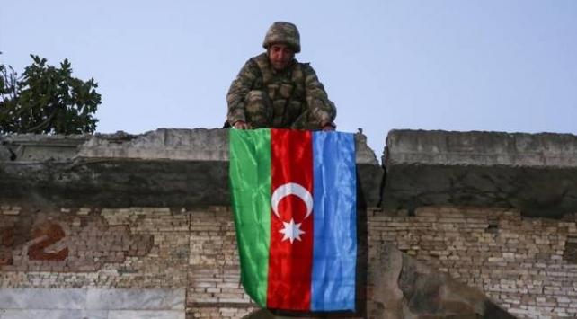 Ermenistanın yenilgiyi kabul ettiği 10 Kasım, Azerbaycanda Zafer Günü ilan edildi