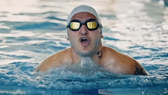Engelleri aşan milli yüzücü Uçar'ın ilham veren başarı hikayesi