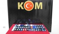 Gaziantep'te gümrük kaçağı 49 cep telefonu ele geçirildi