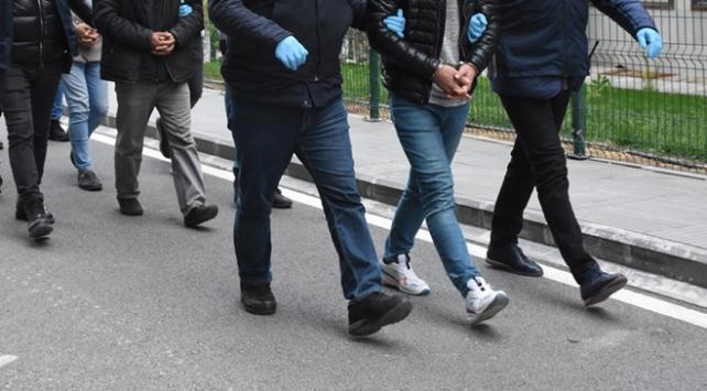 İzmirde suç örgütüne operasyon: 31 gözaltı