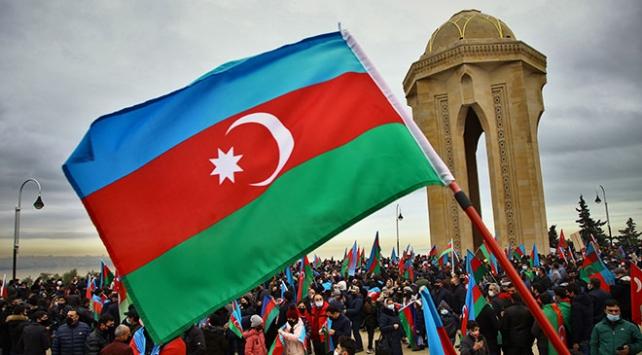 Azerbaycanda şehitler saygı duruşuyla anılacak