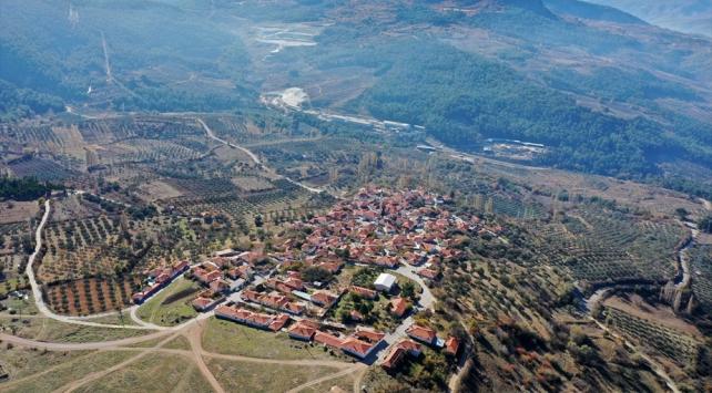 Somada maden ocaklarının arasında kalan mahalle taşınıyor