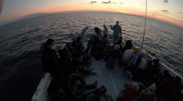 Yunanistanın ölüme terk ettiği 44 sığınmacı kurtarıldı