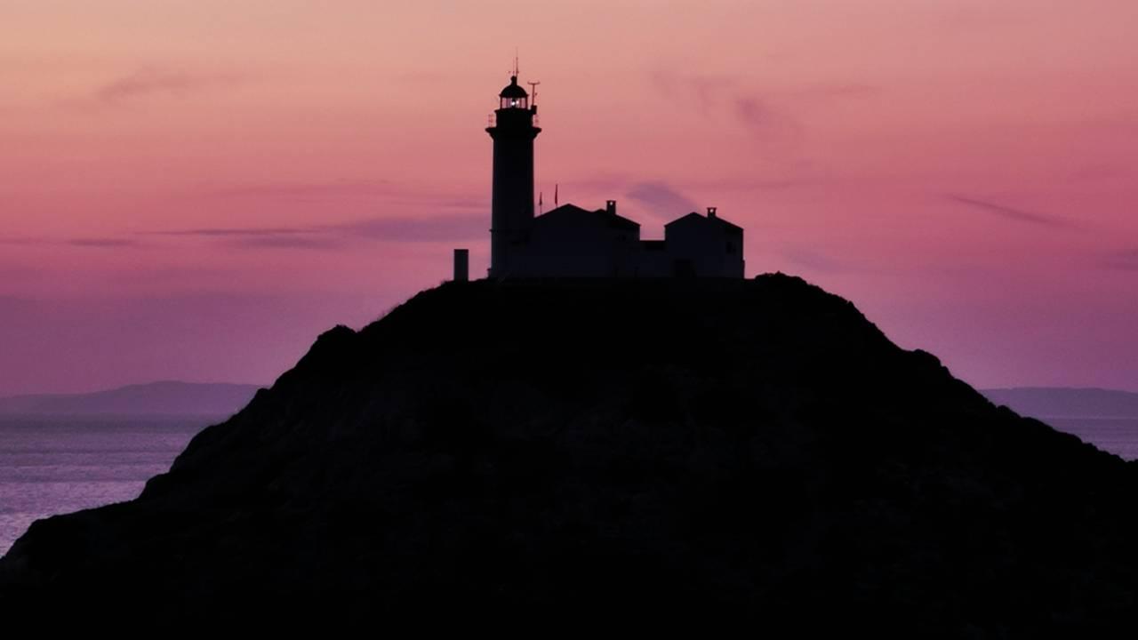 Ege ve Akdeniz'in buluştuğu yerde gün batımı