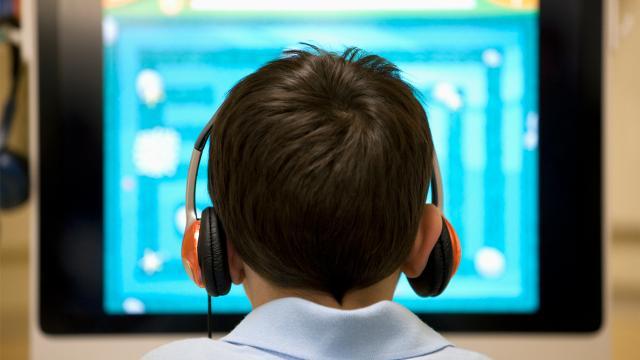 Googledan oyun ve uygulama geliştirmeye meraklı gençlere eğitim