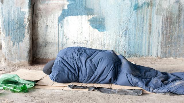 8 evsizi zehirleyip kameraya çekti, 4 yıl hapis cezası aldı