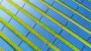Rüzgar ve güneşten elektrik üretimi daha uygun hale geldi